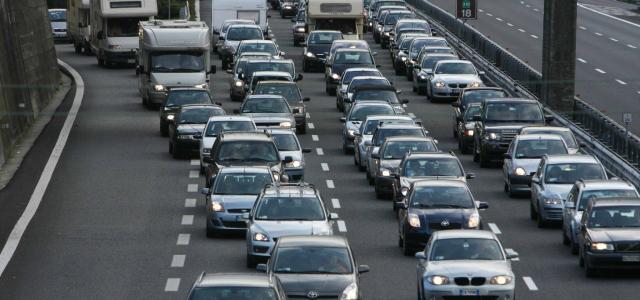 PASQUA: AUTOSTRADE; TRAFFICO MOLTO INTENSO MA REGOLARE